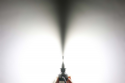 Светодиодная автомобильная Led лампа головного света Carex F18/H7