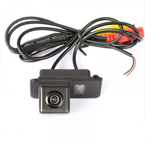 Камера заднего вида для Ford Focus 2 Carex RV-079 с сенсором CCD Sony