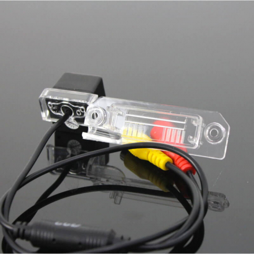 Камера заднего вида Пассат Carex VT-10 с сенсором CCD Sony