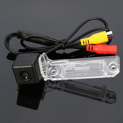 Камера заднего вида на Фольксваген Мультивен Carex VT-10 с сенсором CCD Sony